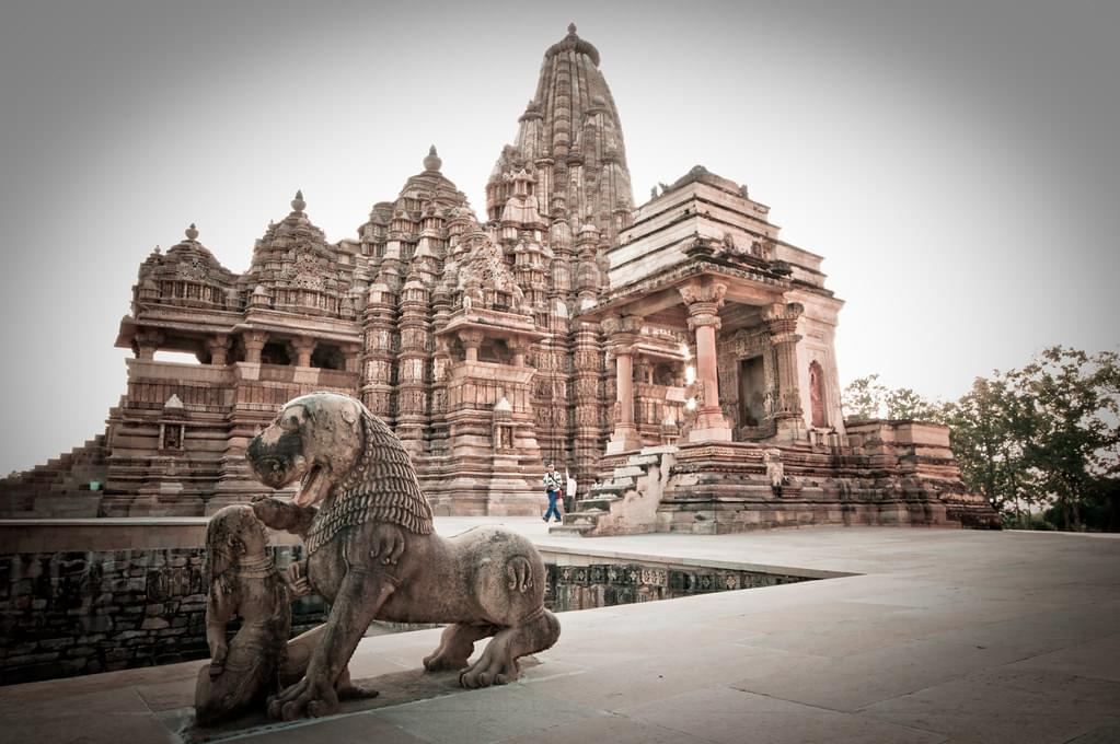 Golden-Triangle-Tour-Package-with-Orchha-and-Khajuraho-JustWravel-1597394809-5.jpg