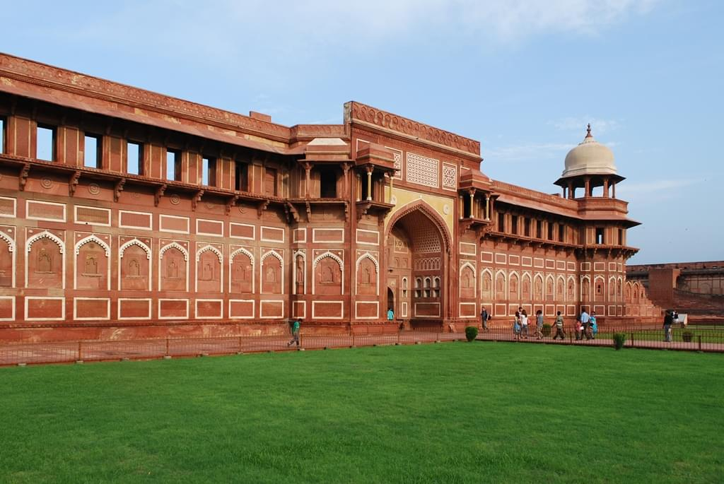 Golden-Triangle-Tour-Package-with-Ranthambore-National-Park-JustWravel-1597390950-7.jpg