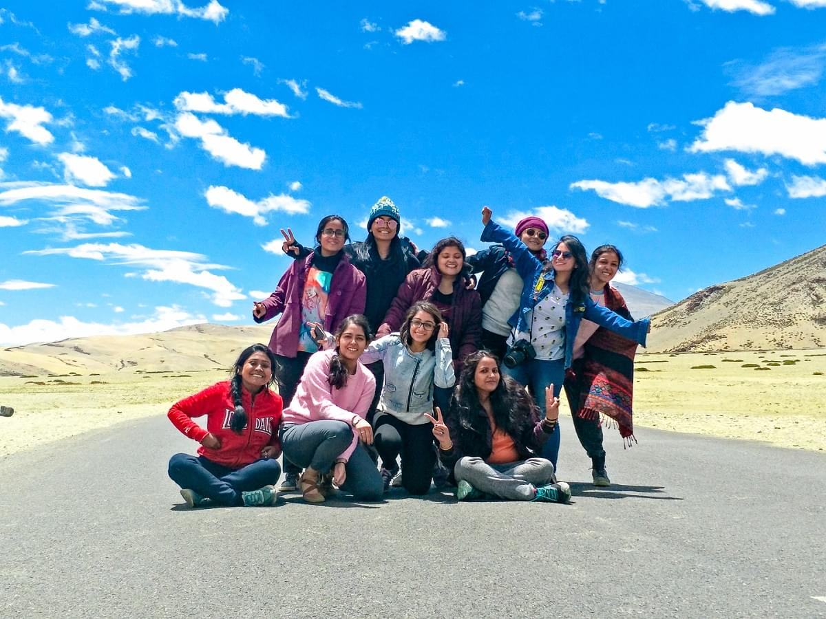 Group at Moore Plains | Ladakh Trip From Delhi