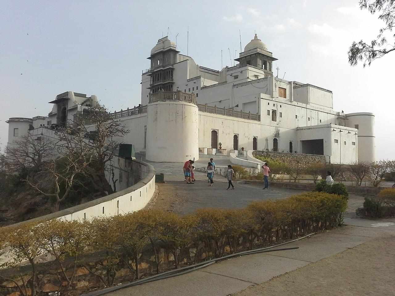 Royal-Tour-Package-of-Chittorgarh-and-Udaipur-JustWravel-1597390678-2.jpg