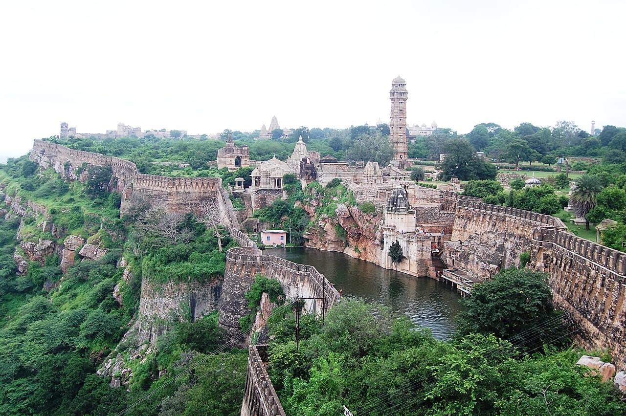 Royal-Tour-Package-of-Chittorgarh-and-Udaipur-JustWravel-1597390678-4.jpg