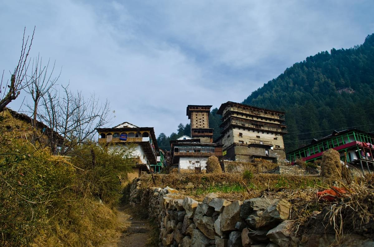 Tirthan-Valley-and-Barot-JustWravel-1597382503-4.jpg