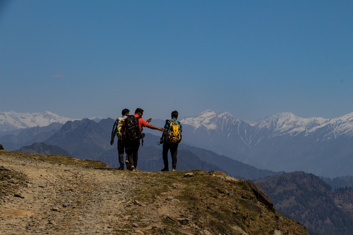 From Campsite to Parashar Lake