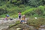 River excursion at Dzongu