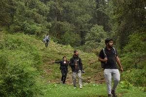 Group on trail to Parashar Lake